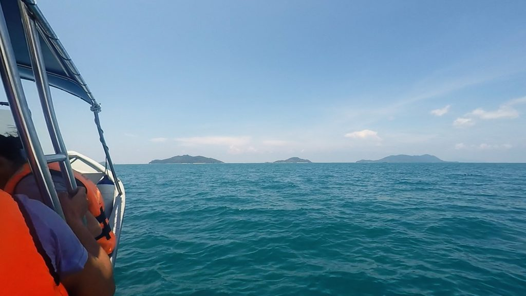 Passed by (from the right) Pulau Besar, Pulau Tengah and Pulau Hujung