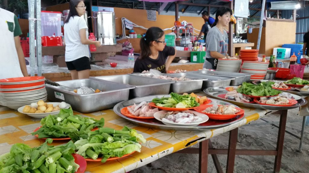 Seafood steamboat buffet style